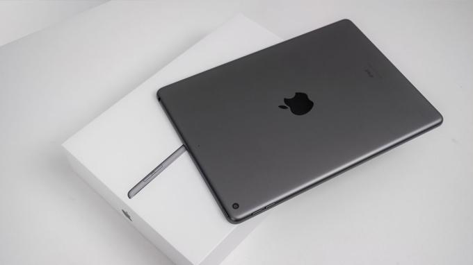 Cấu hình iPad Gen 8 128GB 4G được cung cấp sức mạnh từ chip xử lý 12 Bionic