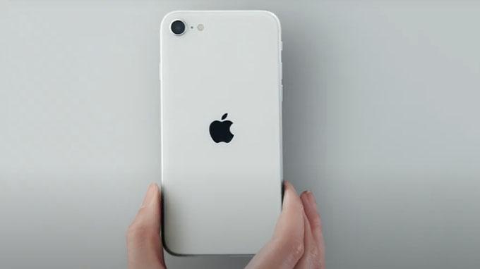 Cấu hình iPhone SE 2020 được nâng cấp mạnh mẽ với con chip Apple A13 Bionic