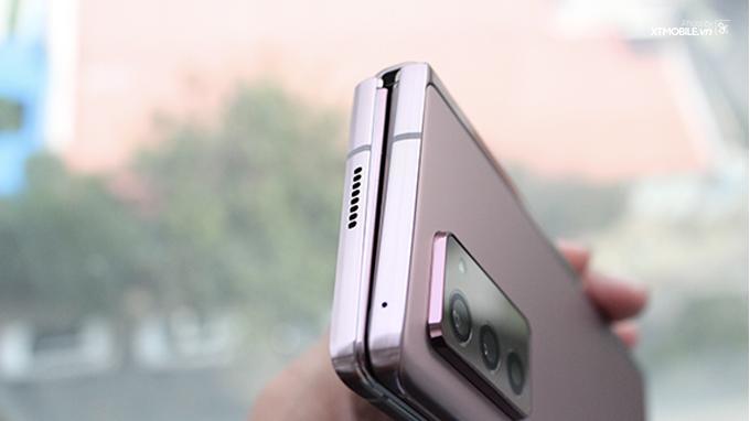 Thiết kế Samsung Galaxy Z Fold 2 5G độc đáo