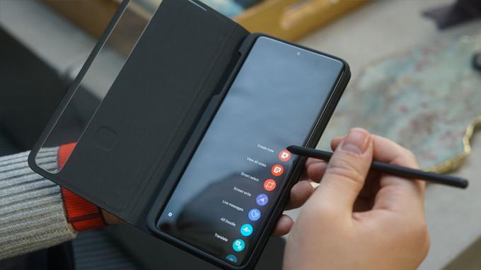 Galaxy S21 Ultra 5G là smartphone duy nhất thuộc dòng Galaxy S được hỗ trợ bút S-Pen