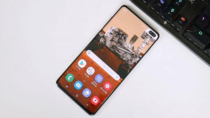 Màn hình Samsung Galaxy S10 Plus được đánh giá cao khi sử dụng tấm nền Super AMOLED