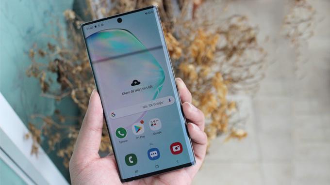 Samsung Note 10 5G bản Hàn được trang bị màn hình có kích thước 6.3 inch