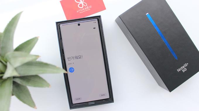 Galaxy Note 10 Plus 5G 256GB cũ sở hữu màn hình AMOLED Infinity-O