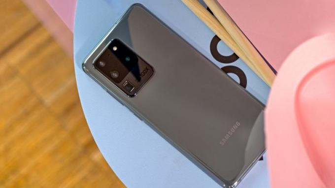 Zoom 100x hiện độc quyền cho Galaxy S20 Ultra