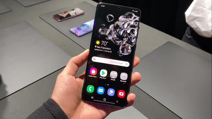 Samsung Galaxy S20 Ultra gây ấn tượng với người dùng bởi vẻ ngoài sang trọng