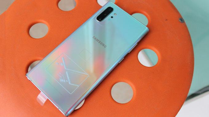 Thiết kế Galaxy Note 10 Plus 256GB Hong Kong được đánh giá cao
