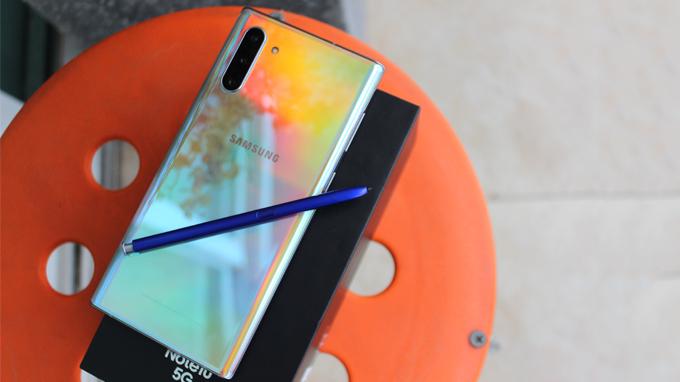 Samsung Galaxy Note 10 5G 256GB Hàn Quốc có thiết kế khung kim loại cao cấp