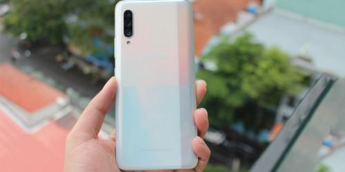 Trên tay Galaxy A90 5G: thiết bị với nhiều cải tiến vượt trội