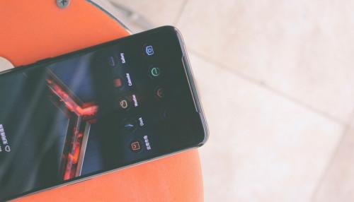 Asus ROG Phone 2 phiên bản STRIX và Ultimate Edition đã ra mắt