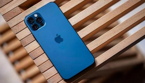 So sánh iPhone 12 Pro Max và iPhone 11 Pro Max: Nên mua tiền nhiệm hay hậu bối?