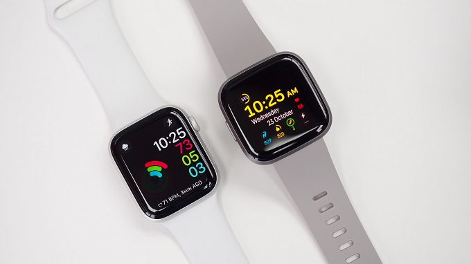 Kho ứng dụng trên Apple Watch và Fibit đều đa dạng