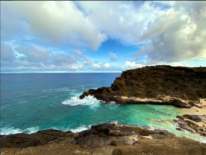 Bức hình chụp bờ biển với iPhone 11 đầy tính nghệ thuật