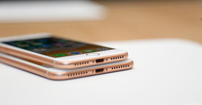 iphone-88-plus-va-iphone-x-vua-ra-mat-co-sanh-duoc-voi-note-8-7