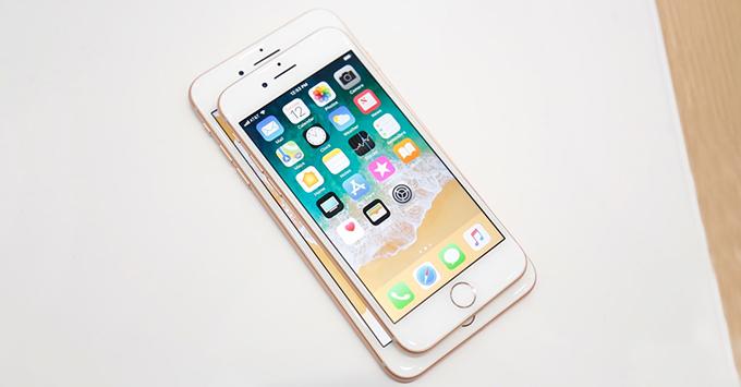 iphone-88-plus-va-iphone-x-vua-ra-mat-co-sanh-duoc-voi-note-8-8