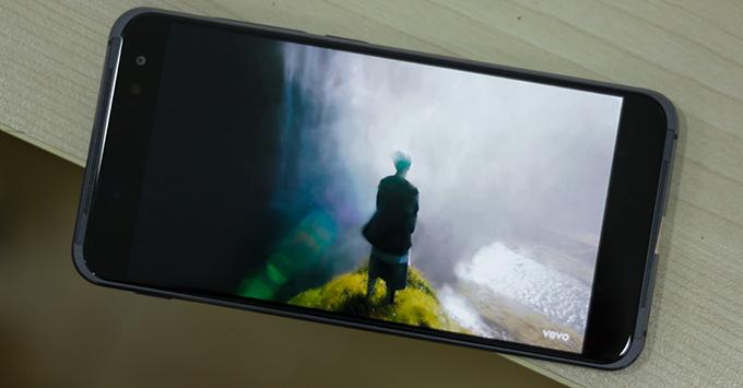 danh-gia-sol-prime-t-1000-con-ac-mong-cua-moi-smartphone-tam-trung111236
