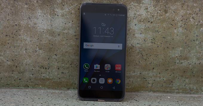 danh-gia-sol-prime-t-1000-con-ac-mong-cua-moi-smartphone-tam-trung5