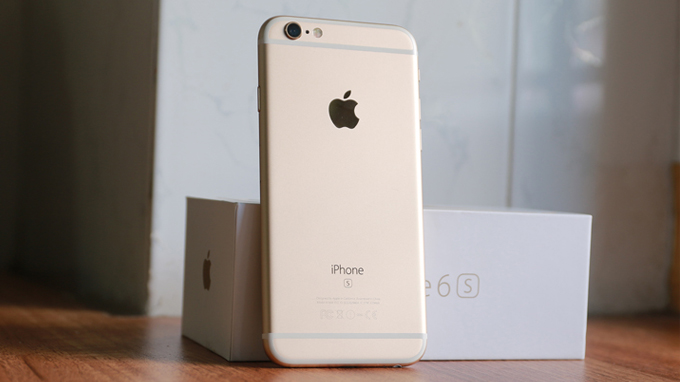 iPhone-6s-Plus-co-phan-thiet-ke-kha-giong-voi-iPhone-8Plus-Xtmobile