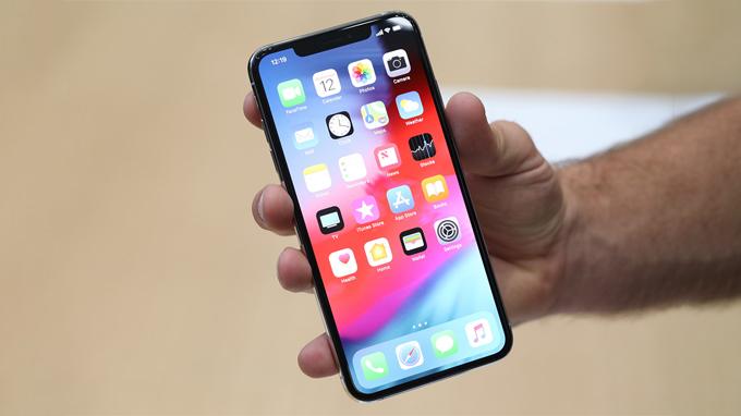 iphone-xs-max-so-huu-cau-hinh-nang-can-nhat-the-gioi-xtmobile