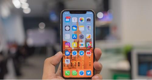 Apple ra mắt bản cập nhật iOS 12.0.1, khắc phục lỗi sạc trên iPhone XS