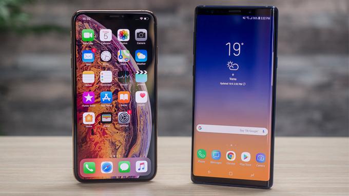 iPhone-Xs-max-vuot-mat-galaxy-note-9-voi-man-hinh-6-5-inch-xtmobile