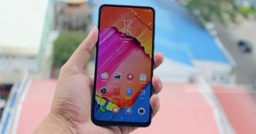 Trên tay Xiaomi Mi Mix 3 RAM 8GB đầu tiên tại Việt Nam