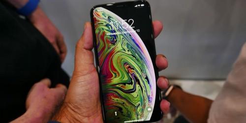 8 lí do khiến bạn nên và không nên mua iPhone XS Max