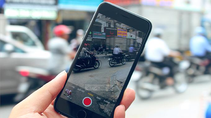 quay-phim-iPhone-7-32GB-Ban-Quoc-Te-CY.xtmobile_1