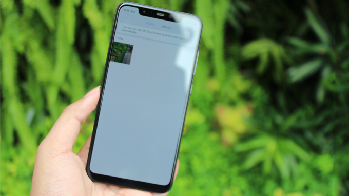 Xiaomi Mi 8 (6GB/ 128GB) sở hữu màn hình có kích thước lên đến 6.2 inch