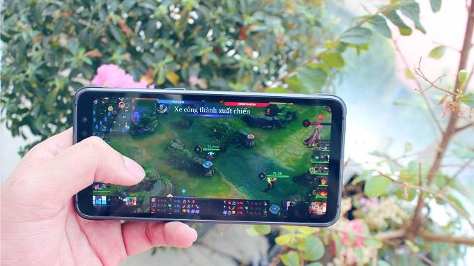 Hiệu năng Galaxy S8 Active vẫn thuộc chiếu trên