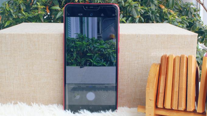 Xiaomi Mi 8 Lite (6GB/64GB) được trang bị cụm camera kép thời thượng