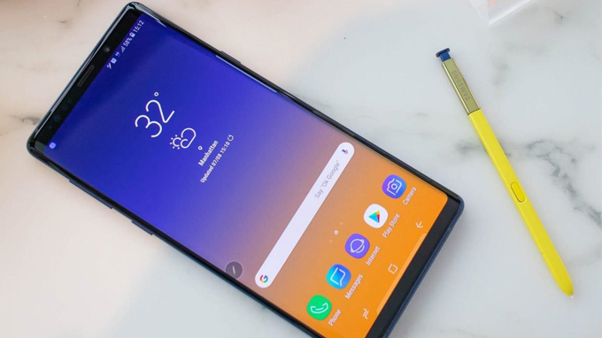 Samsung Galaxy Note 10 bản Mỹ sở hữu một màn hình siêu lớn lên đến 6.75 inch