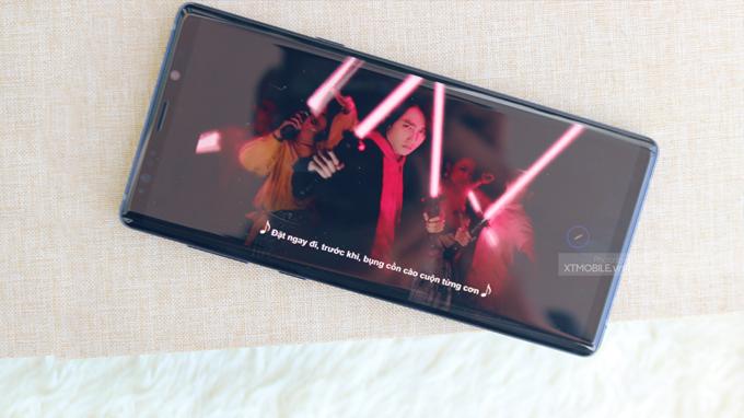 Màn hình Galaxy Note 9 xách tay Mỹ lớn cho diện tích hiển thị tuyệt vời
