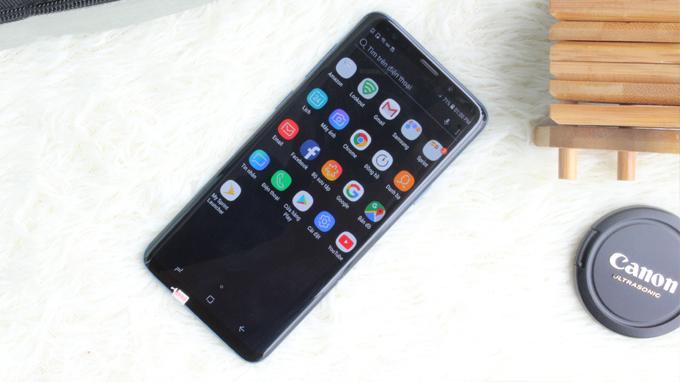 Galaxy S9 Plus cũ Hàn Quốc được trang bị màn hình tỷ lệ 18:5:9 Super AMOLED 6.2 inch cho diện tích hiển thị khá lớn