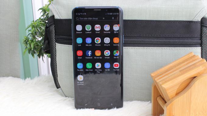 Các góc cạnh trên Galaxy S9 Plus 256GB cũ được bo cong cân đối và đẹp mắt hơn
