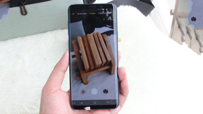 Galaxy S9 Plus 256GB cũ được ưu ái sở hữu camera kép 12 MP, chụp ảnh chân thật và sống động