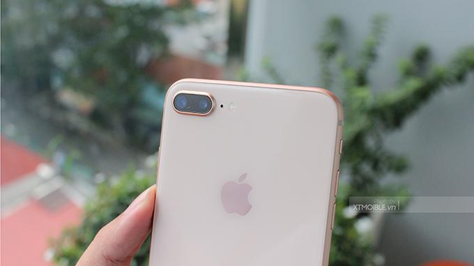 Camera iPhone 8 Plus 64GB cũ sử dụng 2 ống kính có tiêu cự khác nhau