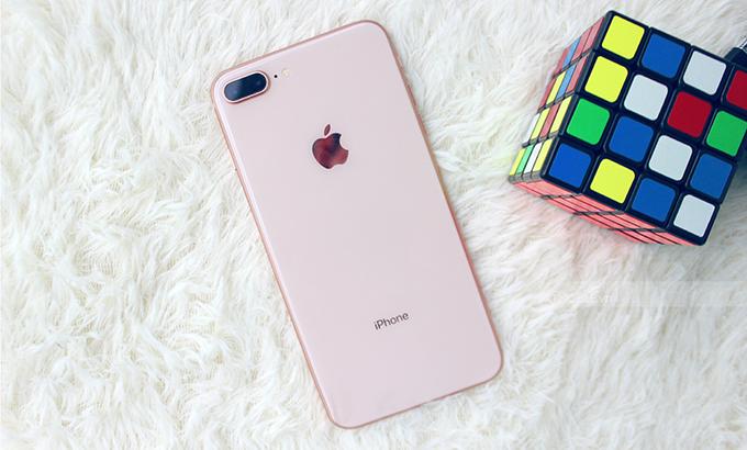 iPhone 8 Plus 64GB cũ nhìn như mới