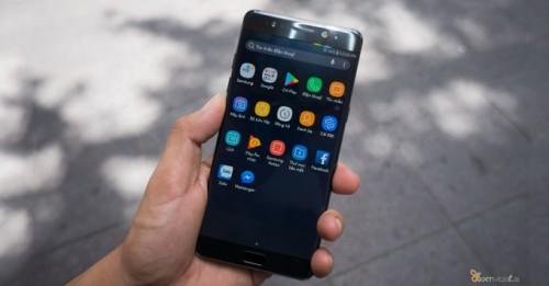 Cách bật lọc ánh sáng xanh trên Galaxy Note FE
