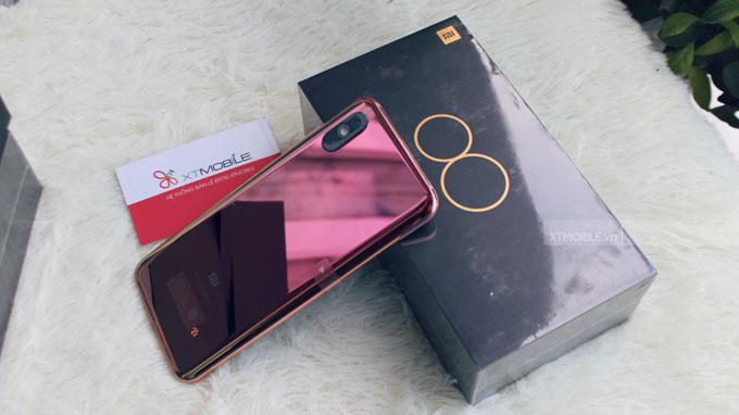 Xiaomi Mi 8 Pro Xách tay sở hữu thiết kế sang trọng