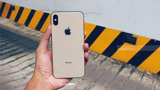 Chụp ảnh với iPhone Xs Max 64GB 2 SIM sẽ ít bị nhiễu nhờ công nghệ OIS