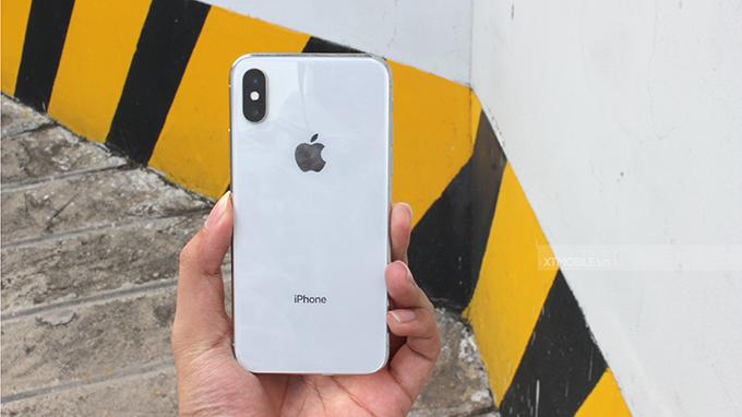iPhone X 256 GB được kích hoạt tại thị trường trước khi xách tay về nước