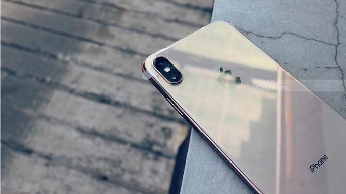 iPhone Xs Max 256GB tích hợp 2 ống kính tiêu cự khác nhau