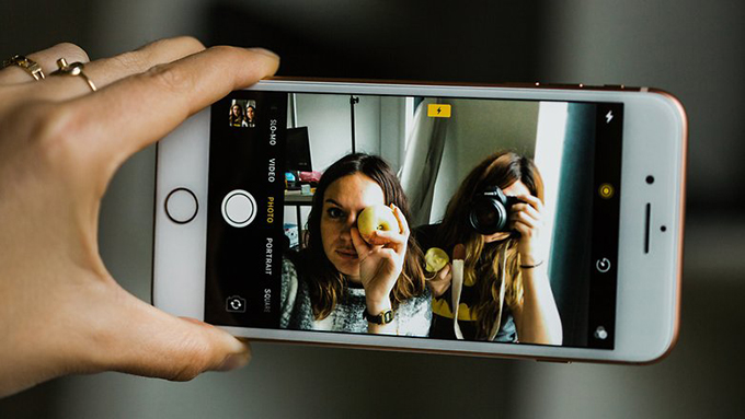 Sáng tạo những bức ảnh độc đáo cùng camera selfie của iPhone 8 64GB