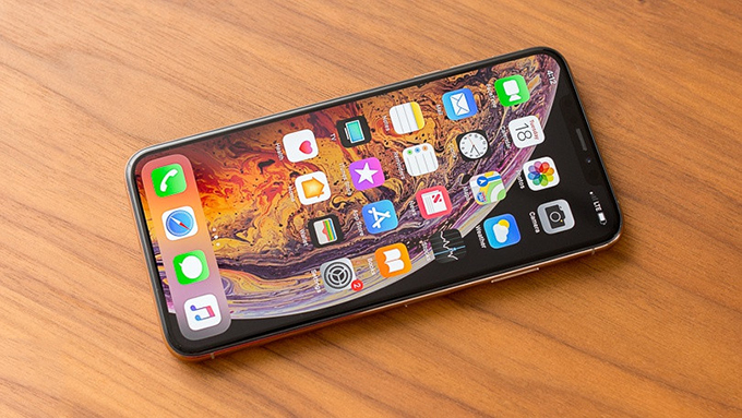 iPhone XS 256GB hoạt động trong thời gian dài nhờ bộ chip A12 tiết kiệm năng lượng