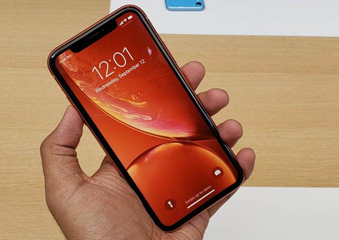 Công nghệ màn hình Retina mới là điểm cộng của iPhone Xr