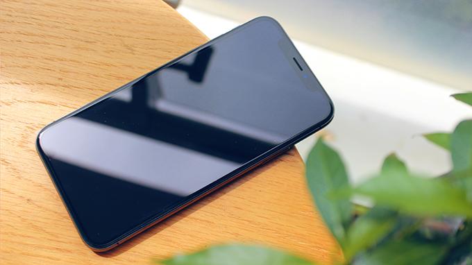 Màn hình kích thước 5.8 inch đủ để iPhone X 64GB mang đến những trải nghiệm tuyệt vời