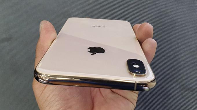 iPhone Xs có chỉ số kháng nước, bụi bẩn là IP68