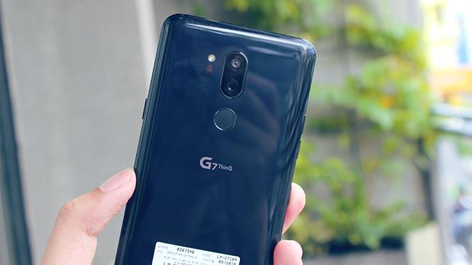 LG G7 ThinQ cũ có thiết kế chuẩn flagship