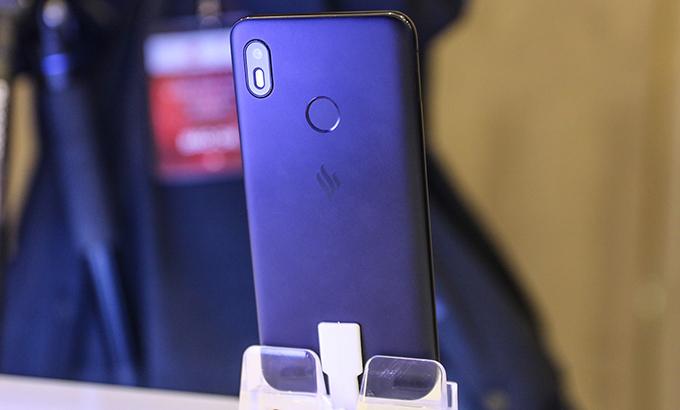 Vsmart Joy 1 sử dụng camera đơn nhưng được hỗ trợ công nghệ tiên tiến
