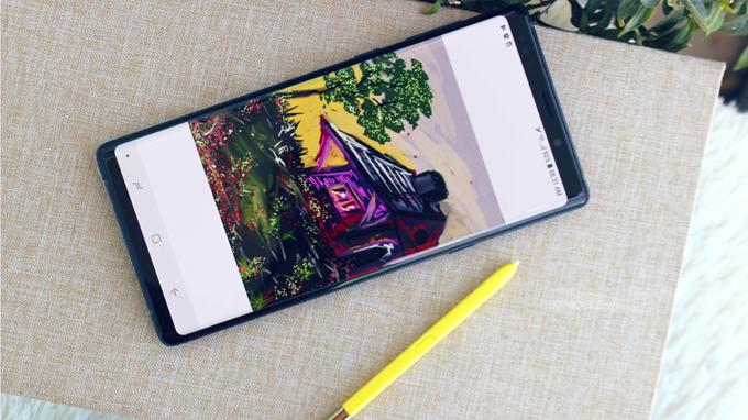 Bút S-Pen được nâng cấp mạnh mẽ so với thế hệ Galaxy Note 8